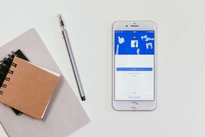 インスタ Facebook連携