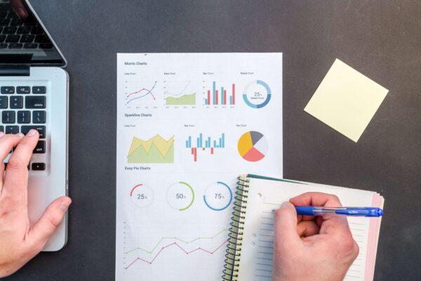 インスタグラムのインサイトの分析データの見方と改善方法