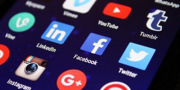 インスタグラムとツイッターの連携方法とメリット・デメリットとは?